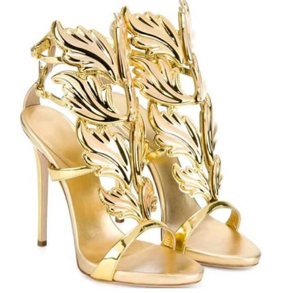 MERCY-GOLD-oro