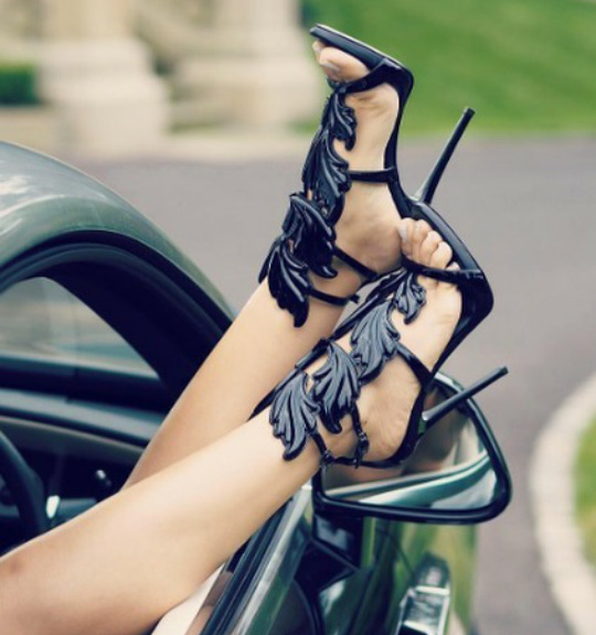 Mercy Black Leather Sandals (1)