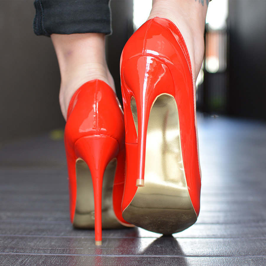 Peg Red Patent Leather Pumps (6)