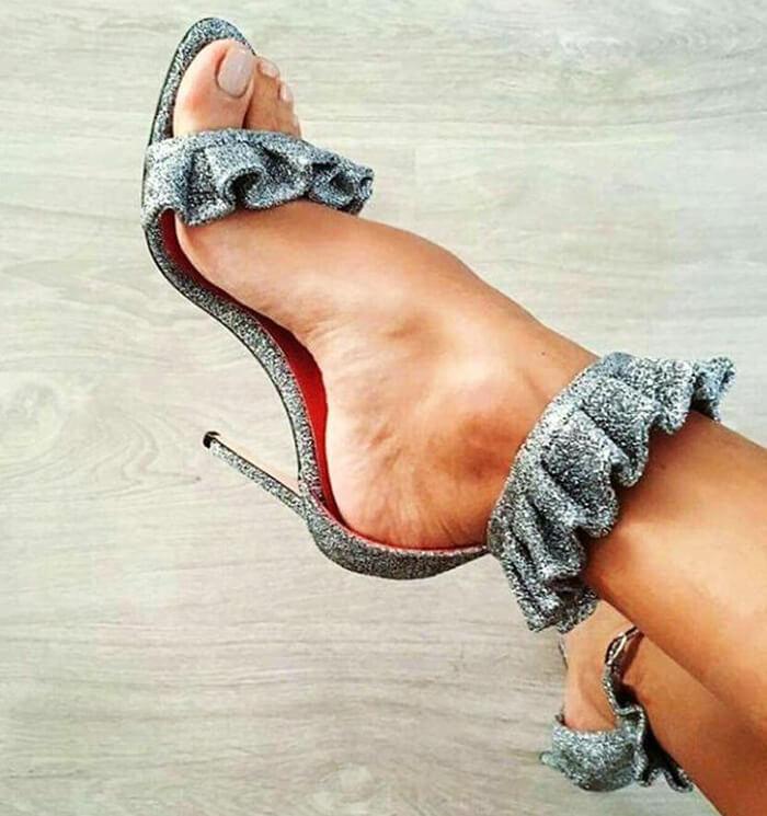 Lila-Ruffle-Sandals-style-7