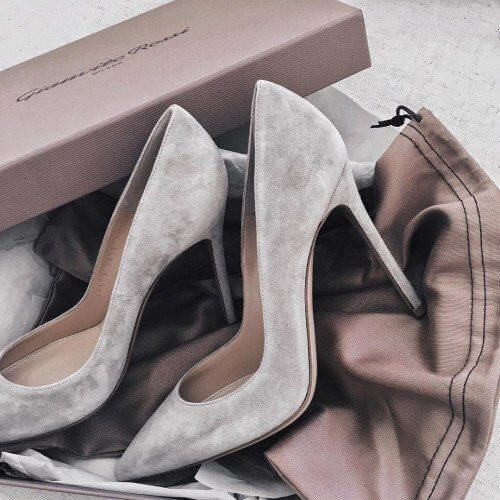 Odelia Suede Pumps (1)