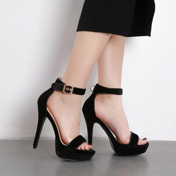 sandali di velluto di Sutton (4)