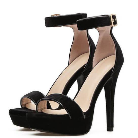 sandali di velluto di Sutton (9)